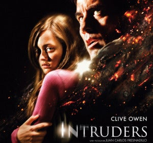 Cartel oficial de 'Intruders'