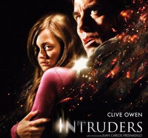 Cartel oficial de 'Intruders'