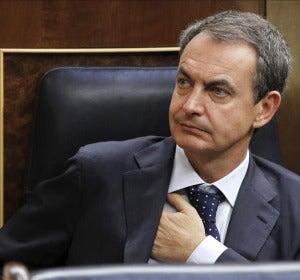 Zapatero se muestra