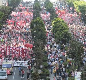 Manifestación de UGT Y CCOO en Vigo