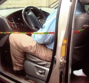Sistema de seguridad para no olvidar a los niños en el asiento trasero