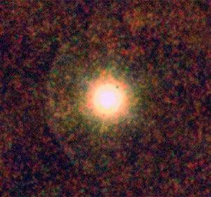 CW Leonis observada con los instrumentos SPIRE y PACS, instalados en el observatorio espacial Herschel