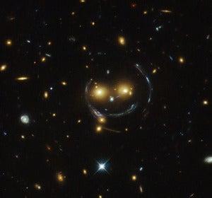 El 'smile' galáctico captado por el telescopio Hubble de la Nasa / ESA