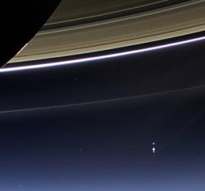 Imagen de la Tierra tomada por la Cassini desde Saturno el 19 de julio de 2013