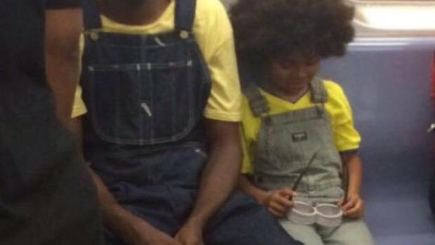 Padre e hijo se disfrazan de los Minions
