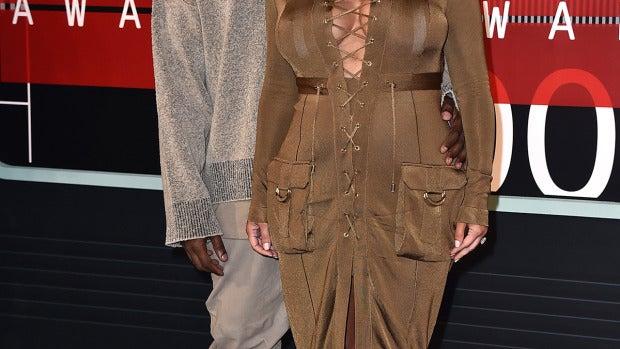 Kim Kardashian junto a Kanye West
