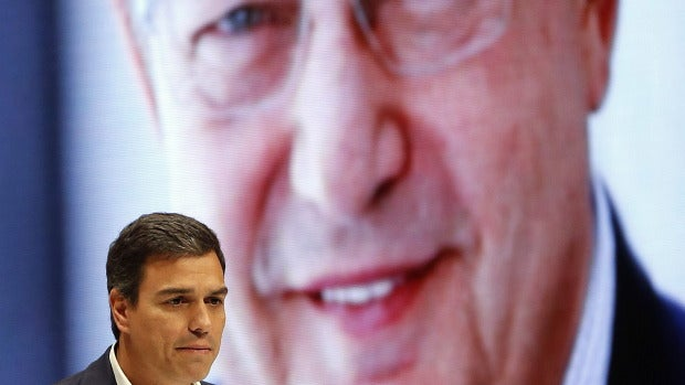 Pedro Sánchez, en su intervención en el homenaje a Txiki Benegas