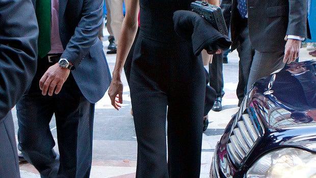 Letizia, muy elegante con este mono negro