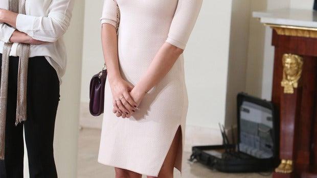 Sara Carbonero con vestido rosa