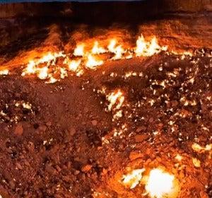 La puerta del infierno de Derweze, Turkmenistan