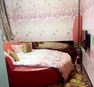 Interior de la habitación del hotel sadomaso