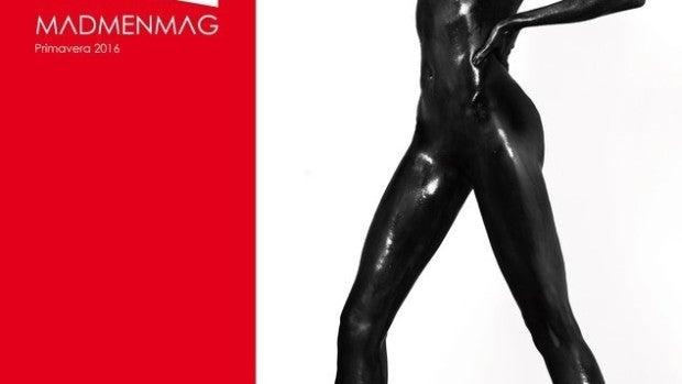 Nieves Álvarez posa desnuda cubierta de pintura negra