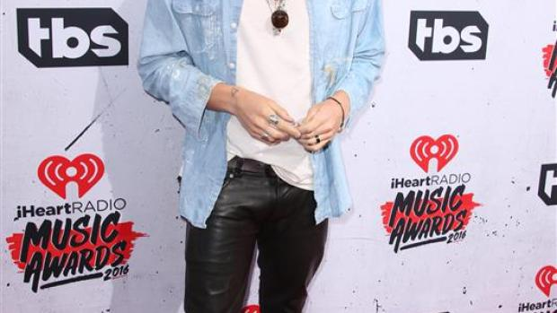 Cody Simpson, en los premios iHeartRadio