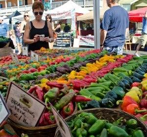 Mercado local de fruta