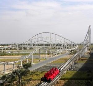 La montaña rusa de Ferrari en Abu Dhabi