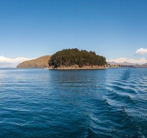 Isla del Sol, en el lago Titicaca