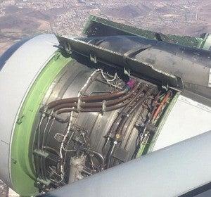 El motor, al aire en pleno vuelo