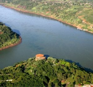 Triple frontera entre Brasil, Argentina y Paraguay.