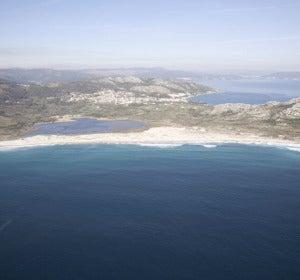 Playa de Area Longa, a un paso de Muros