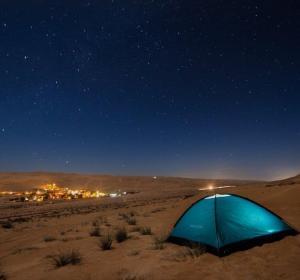 Acampada de astroturismo en Omán