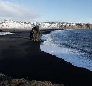 Una de las playas más impresionantes de Islandia
