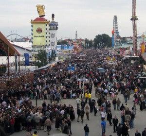 Calle principal del festival