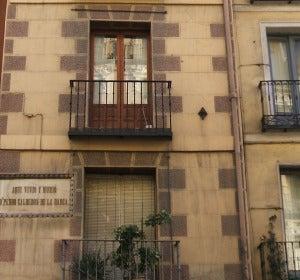 La casa más estrecha de la capital, la de Calderón de la Barca