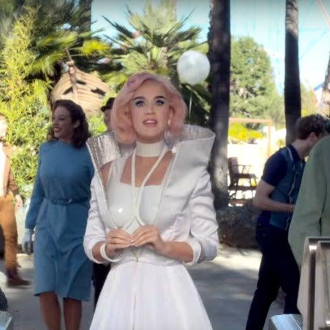 Katy Perry en Oblivia, su parque de atracciones
