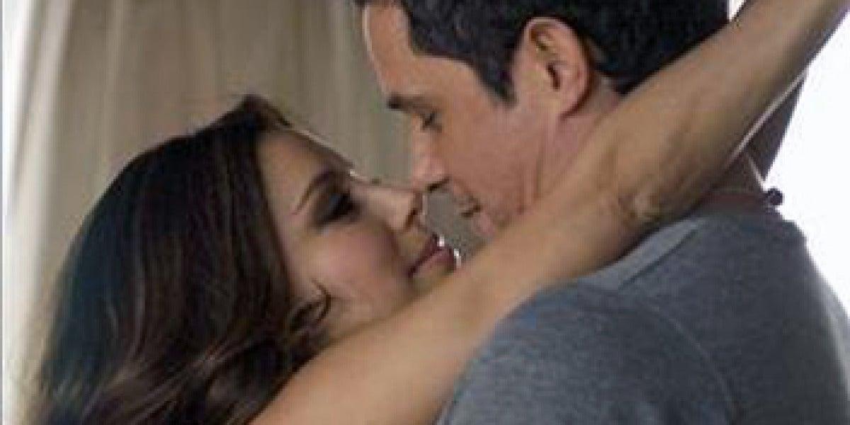 Alejandro Sanz y Eva Longoria en Desde cuándo