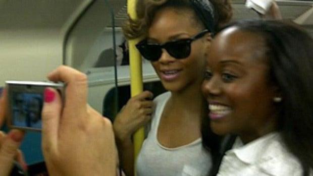 Rihanna en pleno metro de Londres