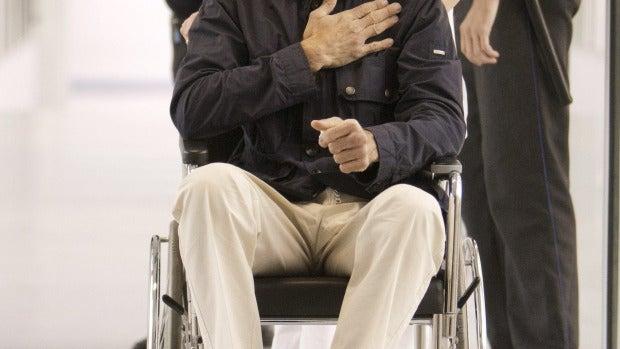 Juan José Padilla a su salida del hospital