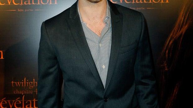 Robert Pattinson presenta Amanecer Parte I en París