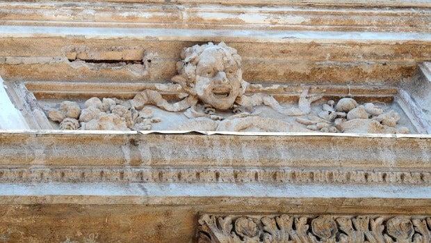 Detalle de la fontana de Trevi