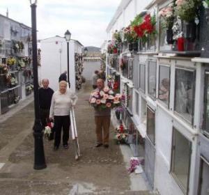 Los cementerios son los lugares más transitados