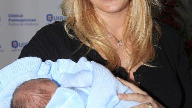 Carolina, una orgullosa mamá recién salida del hospital