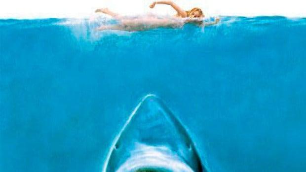 Película Tiburón + Twitter