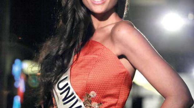 Patricia Yurena durante el certamen de Miss Universo