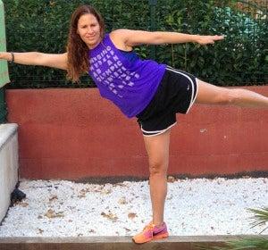 Plancha lateral con movimiento de piernas