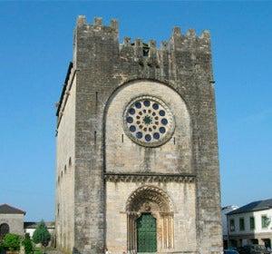 La iglesia-fortaleza de Portomarín