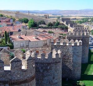 Visión general de la muralla de Ávila