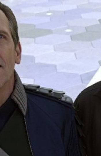 Hugh Laurie y George Clooney en 'Tomorrowland'