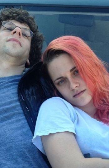 Jesse Eisenberg y Kristen Stewart durante el rodaje de 'American Ultra'