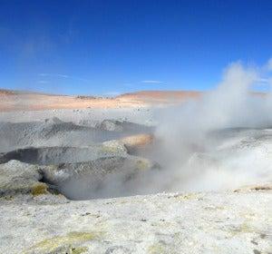 Naturaleza indómita en los géiseres a mayor altitud del mundo