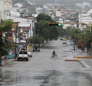 El huracán 'Patricia' avanza por México