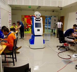 Spencer, el robot del aeropuerto