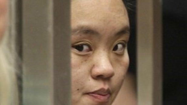 Ka Yang, la mujer que metió a su hijo en el microondas