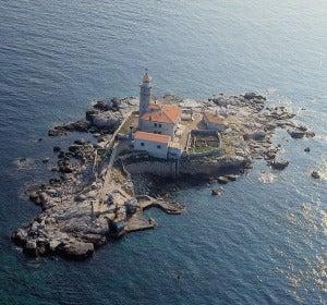Faro de Sveti Ivan (Croacia)