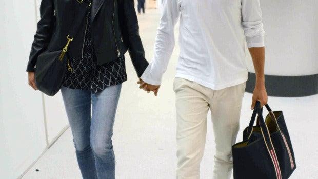 Heidi Klum y Vito Schnabel en el aeropuerto