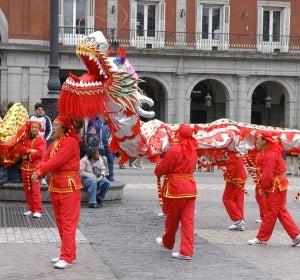Desfile del Dragón en la Plaza Mayor de Madrid