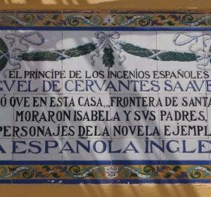 Cerámica alusiva a Cervantes en Sevilla